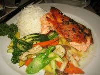 Salmon with dill sauce and steamed vegetables
